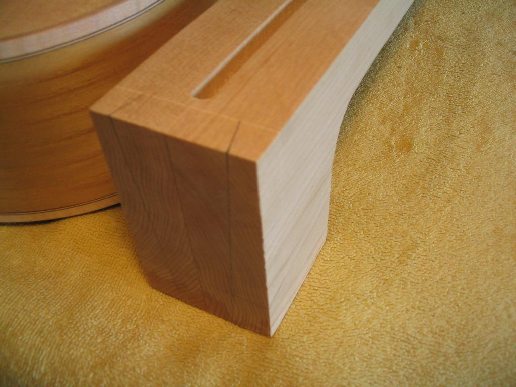 Neck Dovetail Joint